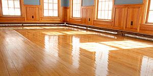 de-groot-specialistisch-schoonmaak-onderhoud-tapijt-natuursteen-marmer-linoleum-parket-facilitaire-dienstverlening-particulier-vloeronderhoud_NAV
