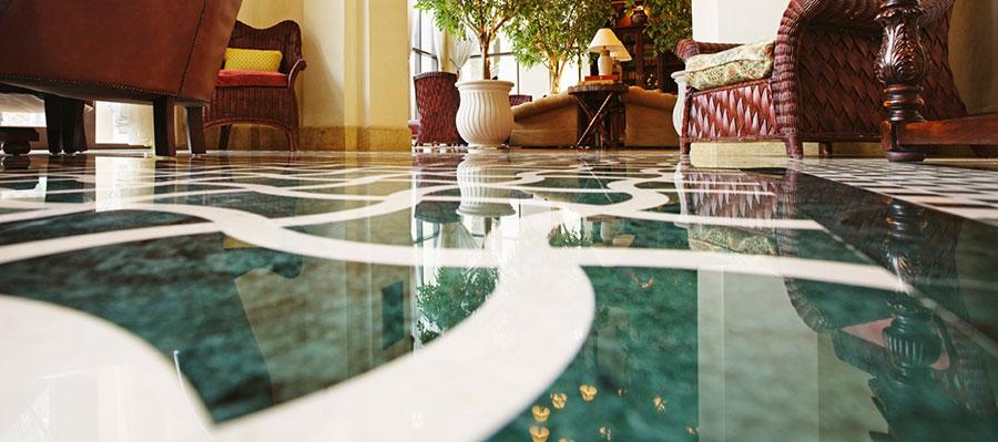 de-groot-specialistisch-schoonmaak-onderhoud-tapijt-natuursteen-reiniging-marmer-linoleum-parket-kantoren-zakelijke-dienstverlening-particulier
